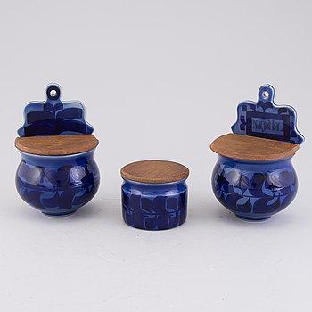 MARIANNE WESTMAN, Set of three stoneware jars by Rörstrand, second half of 20th Century.