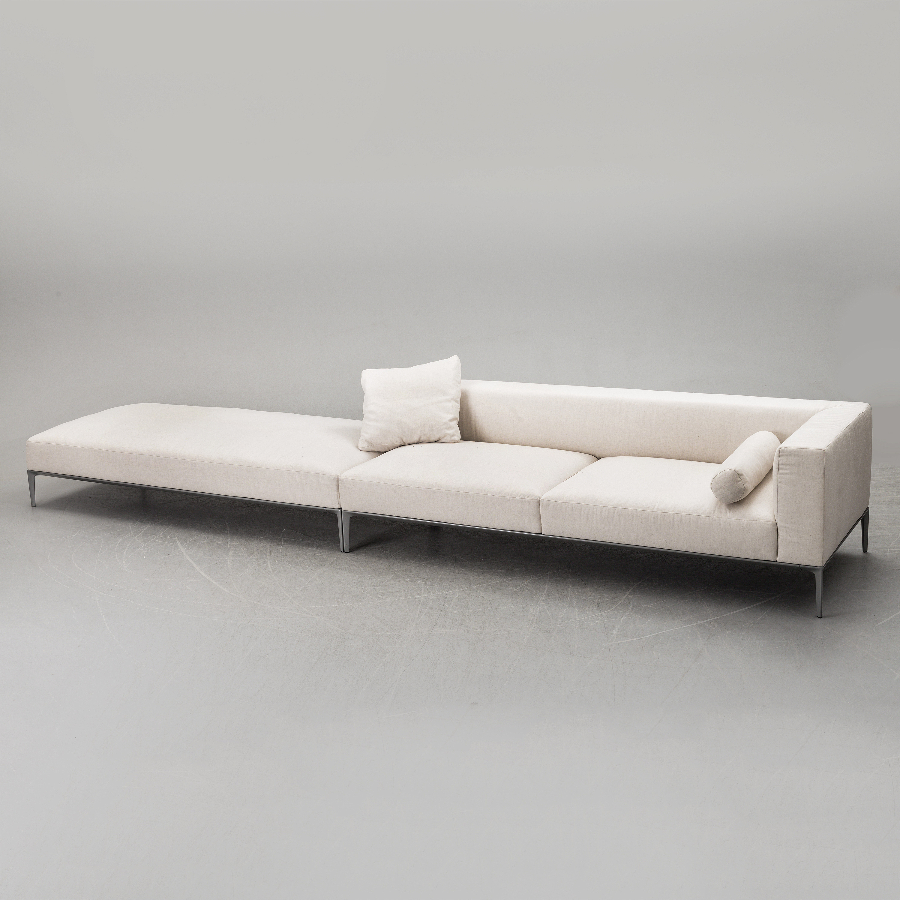 A Jaan Sofa By Walter Knoll For Eoos Late 20th Century Bukowskis