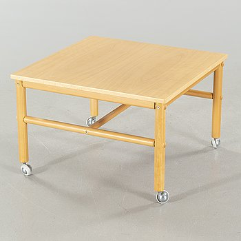 """A """"Junker"""" coffee table by Bror Boije from the second half of the 20th century."""