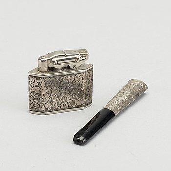 CIGARETTMUNSTYCKE SAMT TÄNDARE, silver, svenska importstämplar. 1900-talets första hälft.