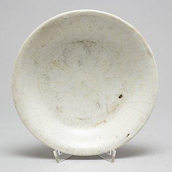 SKÅLFAT, porslin. Qingdynastin, 1800-tal.