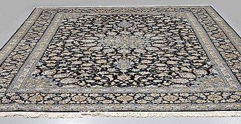 MATTA, Keshan, signerad Kazemi ca 384 x 293 cm.