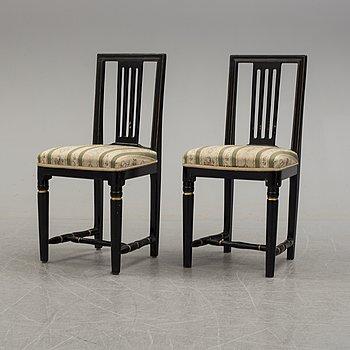 STOLAR, ett par, sengustavianska, omkring år 1800.