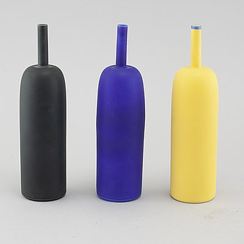 Three unsiged test model porcelain vases by Inger Persson.