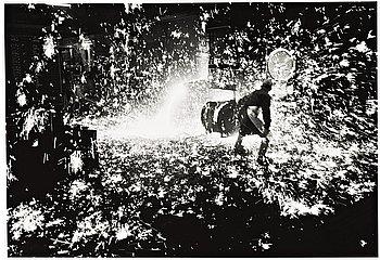 """278. JEAN HERMANSON, """"Tappning av järn, Åminne Bruk"""", 1970."""