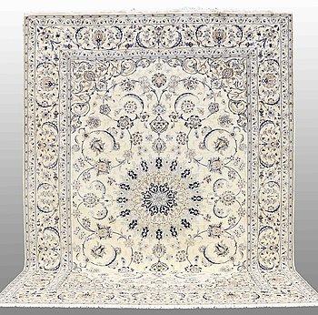 MATTA, Nain, part silk, sk 9 LAA,                     415 x 310 cm.