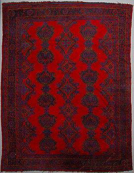 MATTA, Antik/semiantik Ushak, ca 404 x 319 cm.