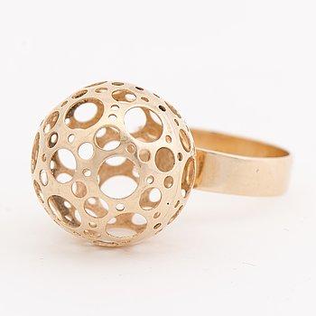 A LIISA VITALI RING, 14K gold. Kultakeskus 1970.