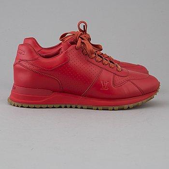 Sneakers by Louis Vuitton + Supreme, size 5,5.