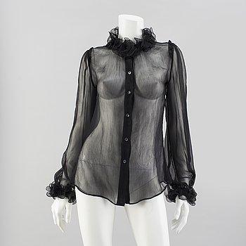 6fed32eac2415a A black silkchiffong by Dolce   Gabbana.