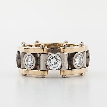 RING, med briljantslipade diamanter, totalt 1.84 ct, Bengt Molander, Göteborg,