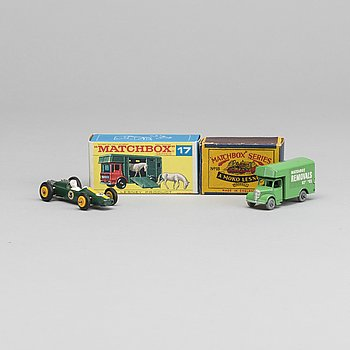 LESNEY MATCHBOX SERIES, 4 st, Bland annat Caterpillar Bulldozer RW 18A-3.