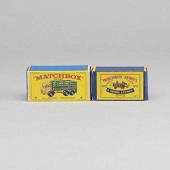 LESNEY MATCHBOX SERIES, 2 st, bland annat Dumper RWO2a-2.