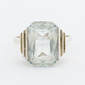 WIWEN NILSSON, ring, silver och akvamarin ca 18 x 11 mm.