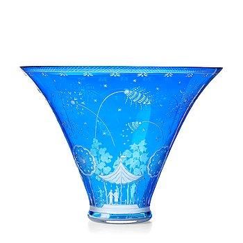 "255. Edward Hald, a Swedish Grace engraved glass bowl, ""Fyrverkeriskålen"" (Fireworks), Orrefors 1929."