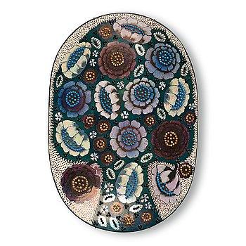 108. Birger Kaipiainen, a stoneware dish, Arabia, Finland.