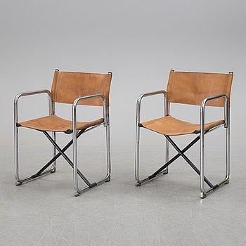 """BÖRJE LINDAU & BO LINDEKRANTZ Regissörstolar, ett par, """"X75-2"""", Lammhults, 1900-talets andra hälft."""