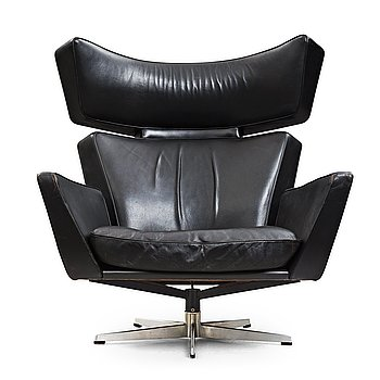 "371. Arne Jacobsen, a black leather and aluminium ""Ox-Chair"", Denmark 1966."