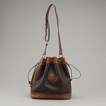 CÉLINE, bucket bag.