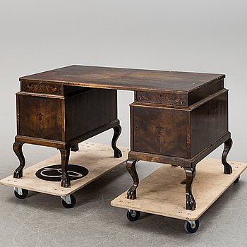 a 1930's-/20's writing desk.
