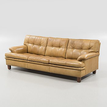 A 1970s sofa by Arne Norell for Norell Möbel AB.