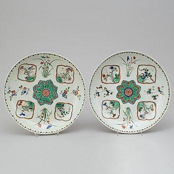 FAT, ett par, porslin. Qingdynastin, Kangxi (1662-1712).