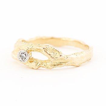 "BJÖRN WECKSTRÖM, RING, ""Diamantdamm"", åttkantslipad diamant, 18K guld. Lapponia 1972."