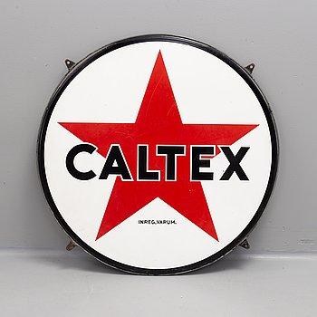 "EMALJSKYLT, ""Caltex"", 1900-talets mitt."
