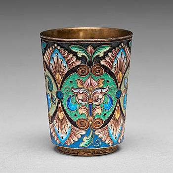 A Russian early 20th century silver-gilt and enamel beaker, mark of the 6th Artel, Moscow 1908-1917.