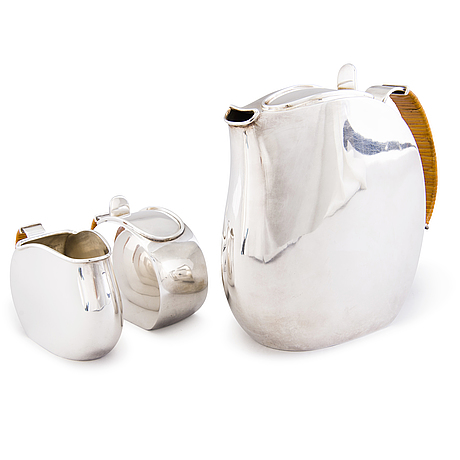 Kahvikalusto, 3 osaa, hopeaa, anita sarlin, koruteollisuus tillander oy, helsinki 1951.