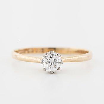 A old cut diamond ring by CG Hallberg, Stockholm, 1933.