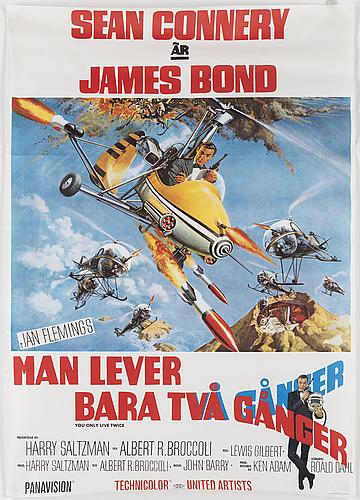 A james bond movie poster, offset, 'man lever bara två gånger' ('you only live twice'), united artists, 1967.