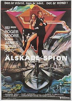 A James Bond movie poster, offset, 'Älskade spion' ('The Spy Who Loved Me'), United Artists, Tryckeri AB Småland, 1977.