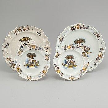 PARTI FAJANS, 4 delar, troligen Frankrike, 1700-tal.