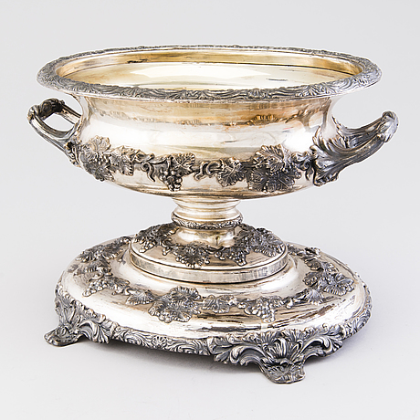 A fraget silver plated jardinière with gilded interior, warsaw, 1843. marked warszawa fraget 1843.