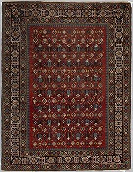 A RUG, a semi-antique Ardebil, ca 182,5 x 130,5 cm.