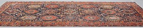 Matta, semiantik heris/gorovan/karadja, ca 380,5 x 209 cm.