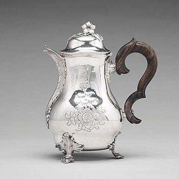 185. A Swedish 18th century silver coffee-pot, mark of Peter Ohlijn, Karlskrona 1780.