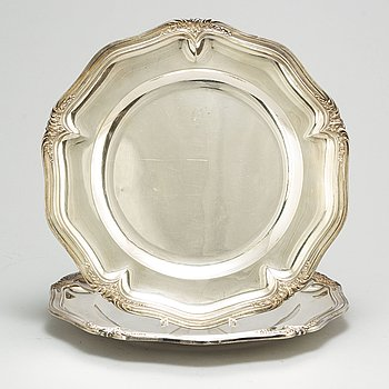 A pair of French 19th century silver dishes, one marked Emil Puiforcat, Paris. Louis XV-style.