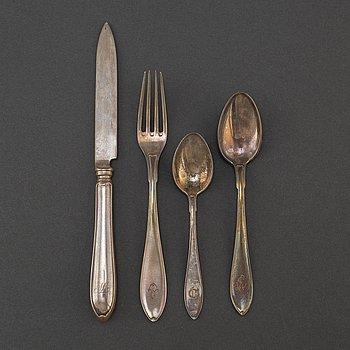 BESTICKSERVIS, 35 delar. Silver. Bl a  CG Hallberg, Stockholm 1911.