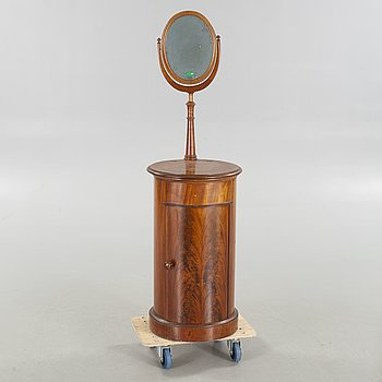 A shave stand from the second half of the 19th century.