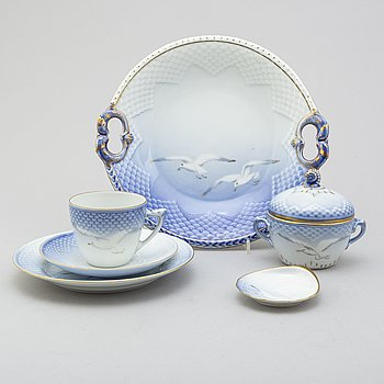 "A 27 PIECE PORCELAIN TEA SET, ""The Seagull"", Bing & Gröndahl, Denmark."