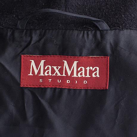 A size 40 coat from maxmara