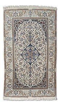 63. A carpet, Nain. Circa 273x161 cm.