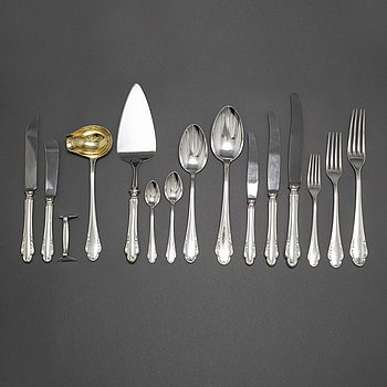 """BESTICKSERVIS, silver, 131 delar, modell """"Haga"""", 1940-50-tal."""