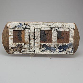 HENRIK ALLERT, a stoneware wall-plate, signed.