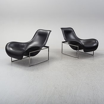 A pair of 'Mart' easy chairs by Antonio Citterio, B&B Italia.