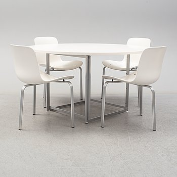 Four 'PK8' chairs and a PK-58 table by Poul Kjaerholm, Fritz Hansen.