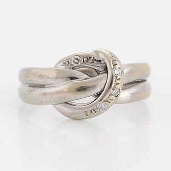 RING, 14K vitguld med 4 diamanter 0.04 ct.