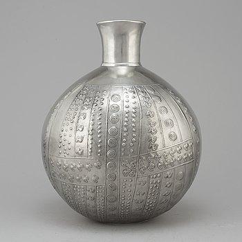 A pewter urn by Estrid Ericson, Svenskt Tenn, 1978.